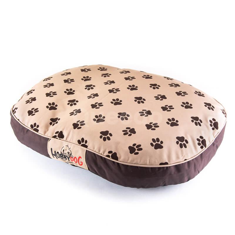 Pohodlný a praktický béžový matrac pre psa oválny labky