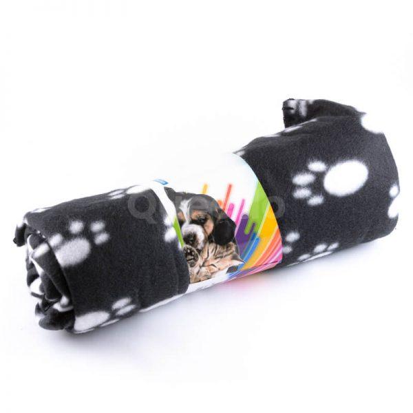 Kvalitná a pohodlná deka pre mačku do auta labky čierna
