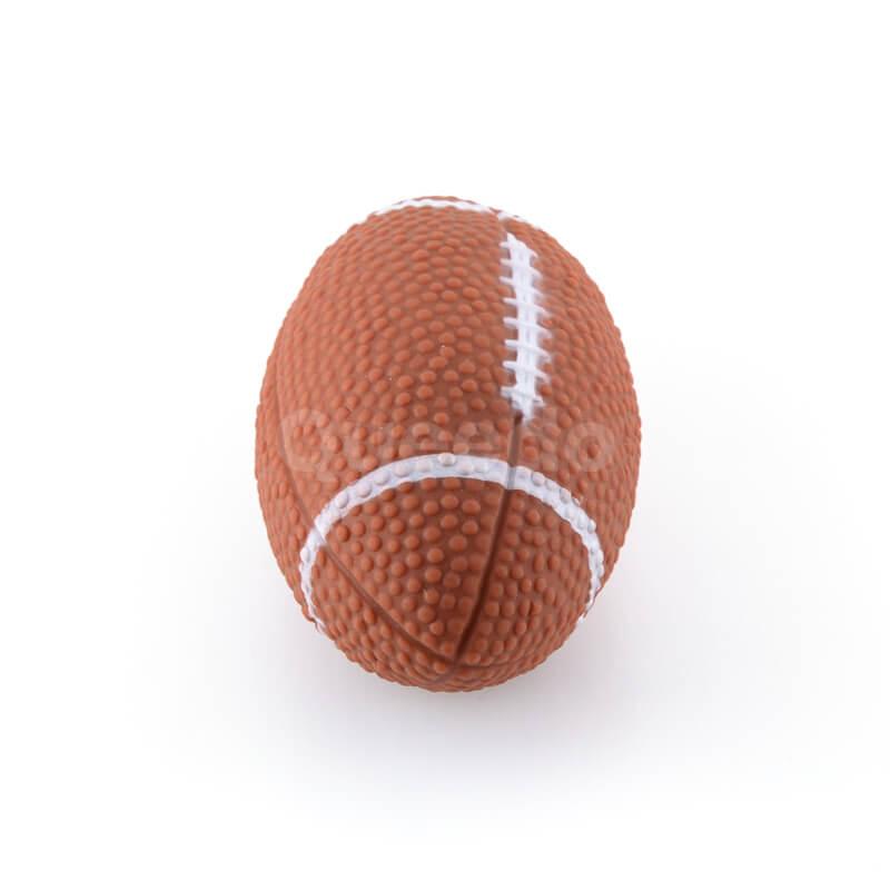 Pískajúca hračka pre psa lopta rugby hnedá