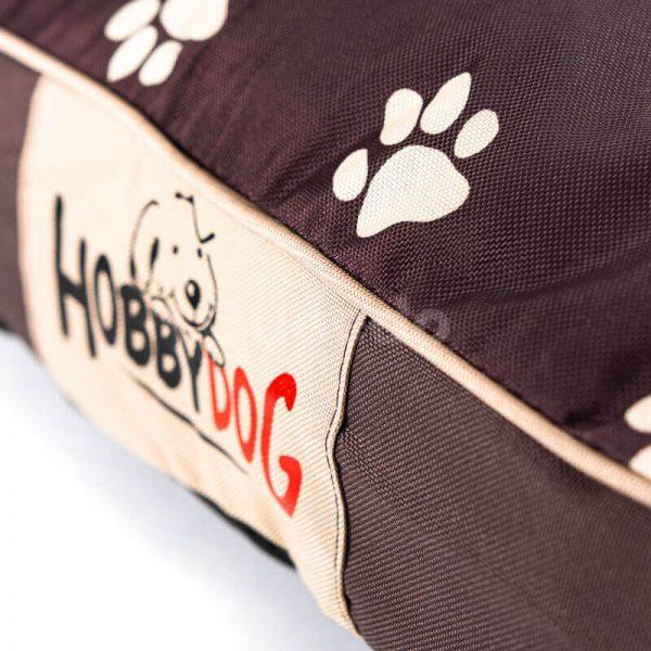 Kvalitné a odolné oválne matrace pre psov labky hnedé