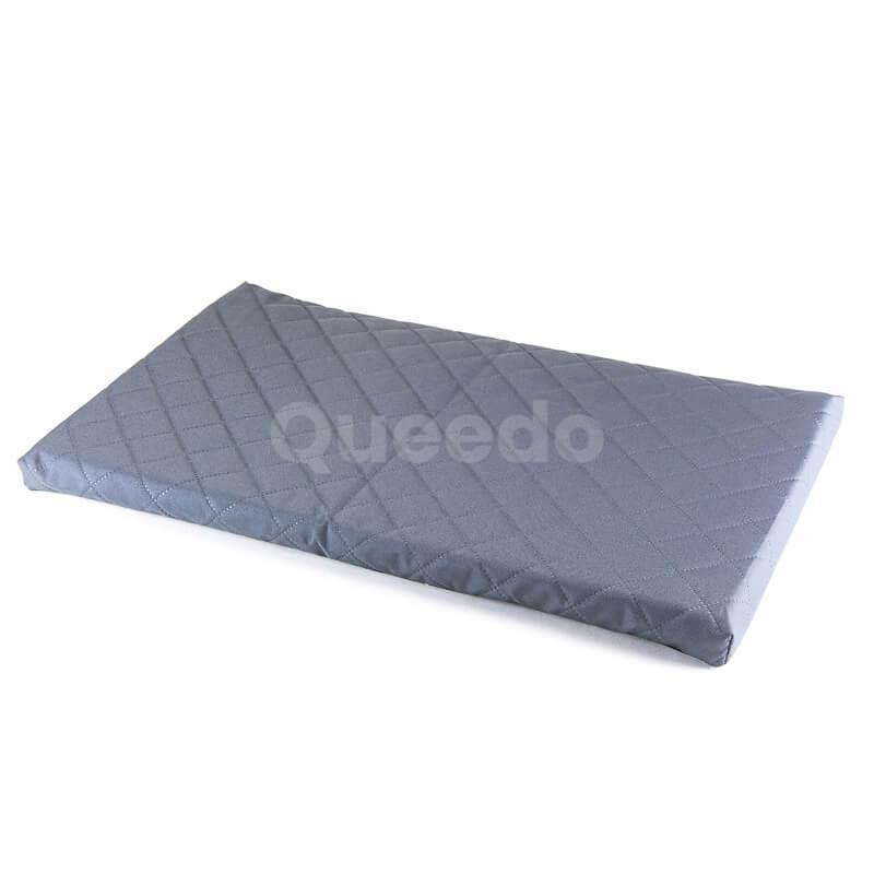 Praktický šedý matrac pre psa Deluxe