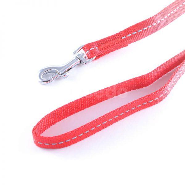 Elegantná a praktická vôdzka pre psa reflex červená