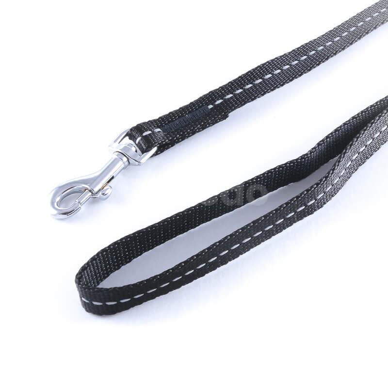 Kvalitná vôdzka pre psa reflex čierna
