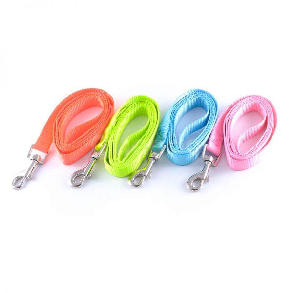 Elegantné vôdzky pre psov light v rôznych farbách