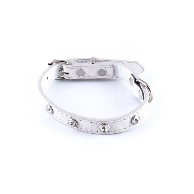 Elegantný kožený obojok pre mačky veľké diamanty biely