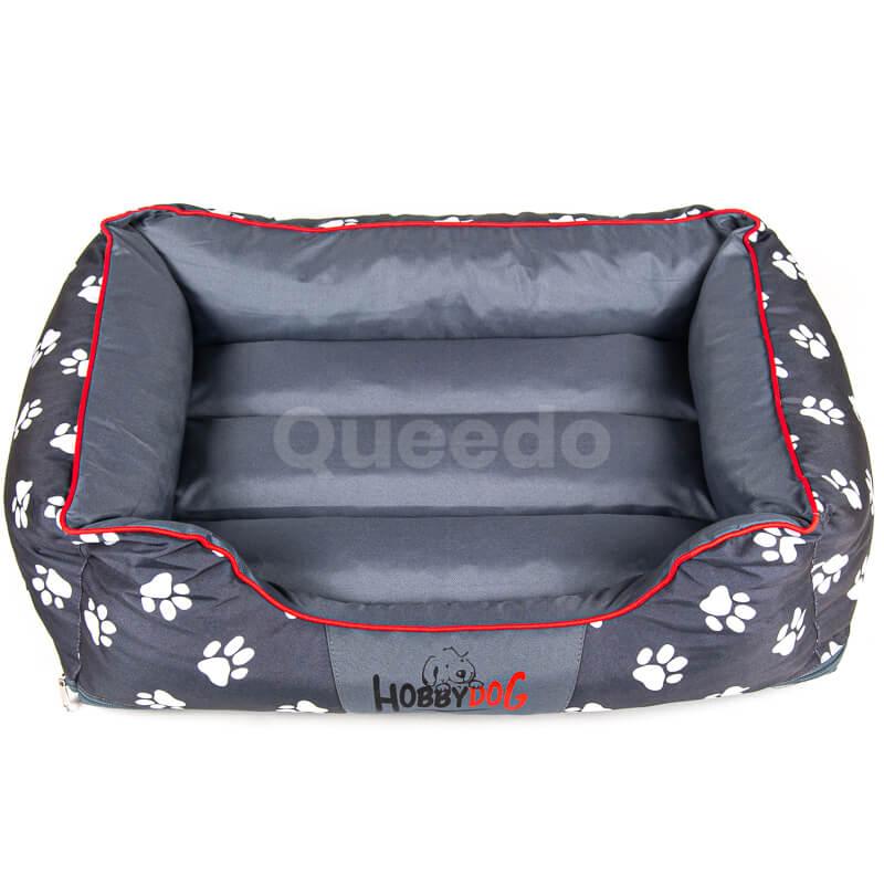 Pohodlný a elegantný pelech pre psa Prestige červené lemo labky šedý
