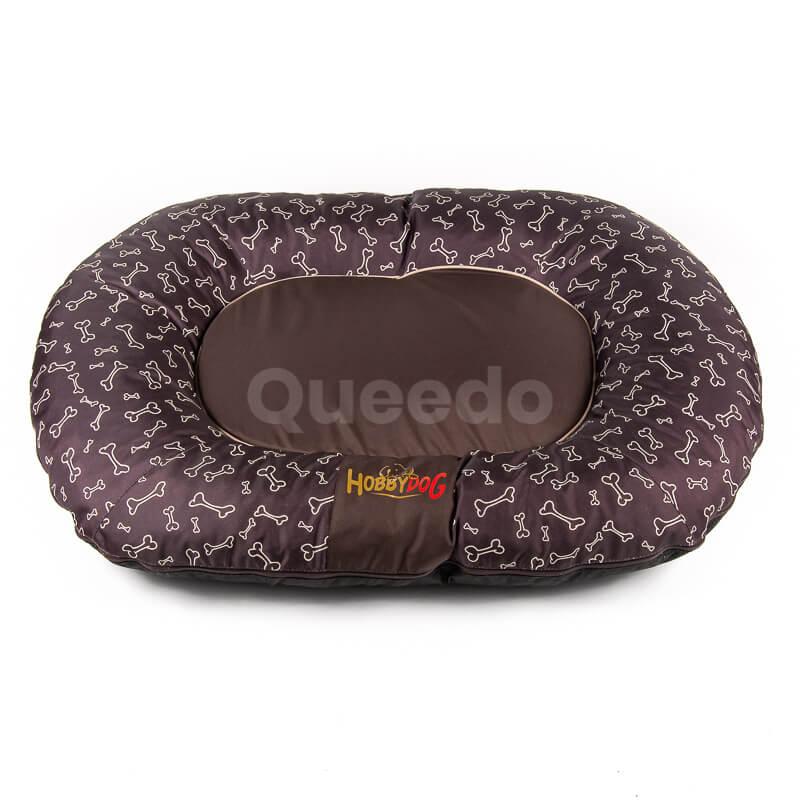 Hnedý vankúš pre psa kostičky Prestige Queedo