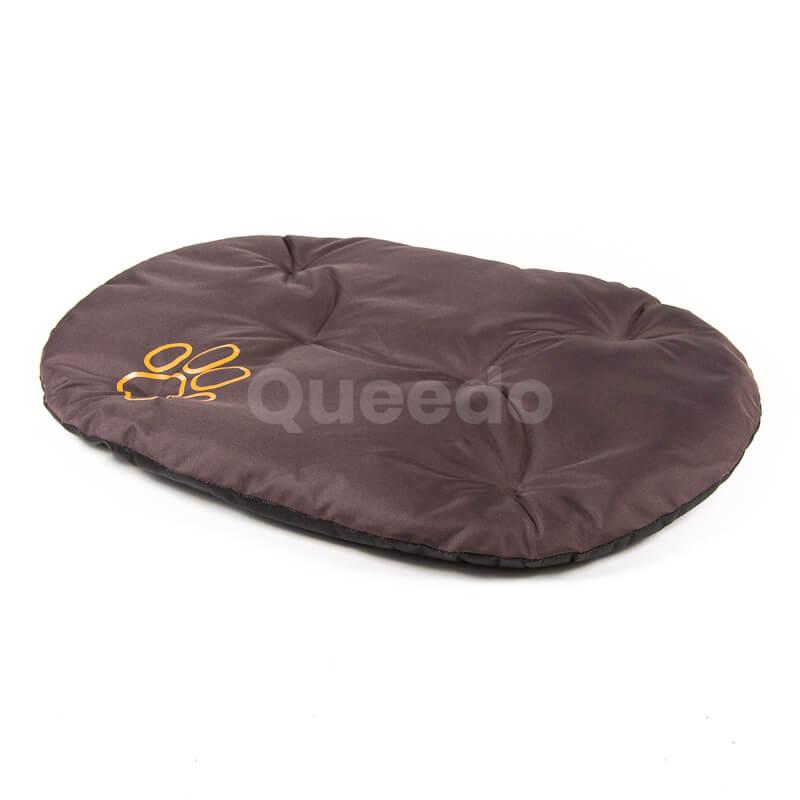 Hnedý vankúš pre psa Packa Queedo