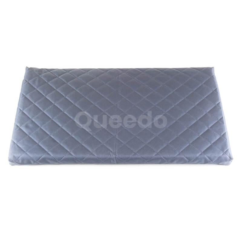 Matrac pre mačku Deluxe šedý Queedo